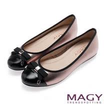 MAGY 清新氣質系女孩 織帶蝴蝶結雙皮質拼接娃娃鞋-古銅