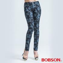 BOBSON 拔染印花小直筒褲-藍色