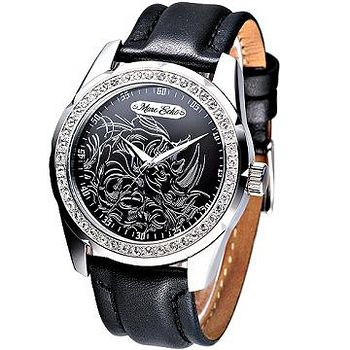 Hanna 狂野犀牛圖騰時尚晶鑽腕錶 (黑面黑帶)