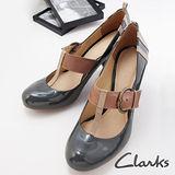 Clarks(女)亮皮瑪莉珍扣環木質跟鞋 (綠) 穩固粗跟款