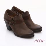 【effie】魅力時尚 全真皮雙色魔鬼氈粗跟踝靴(咖啡)