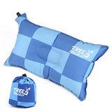 TreeWalker 舒適自動充氣枕頭 - 藍色方格