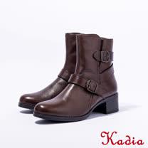 Kadia.側邊雙扣帶中性牛皮中筒靴(咖啡色)