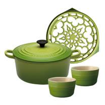 LE CREUSET 琺瑯鑄鐵圓鍋 24cm (棕櫚綠) + 琺瑯鑄鐵鍋架 (棕櫚綠) +小烤皿(棕櫚綠)