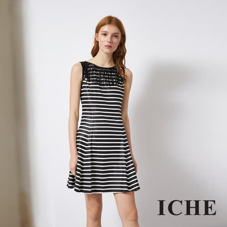 ICHE 衣哲 時尚流蘇黑白條紋印花造型洋裝