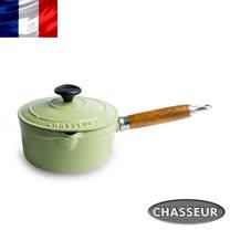 法國【CHASSEUR】獵人琺瑯鑄鐵原木柄醬料鍋(含蓋)18cm(開心果綠)