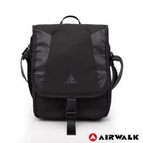 AIRWALK - 翻蓋插釦多夾層斜背包-黑