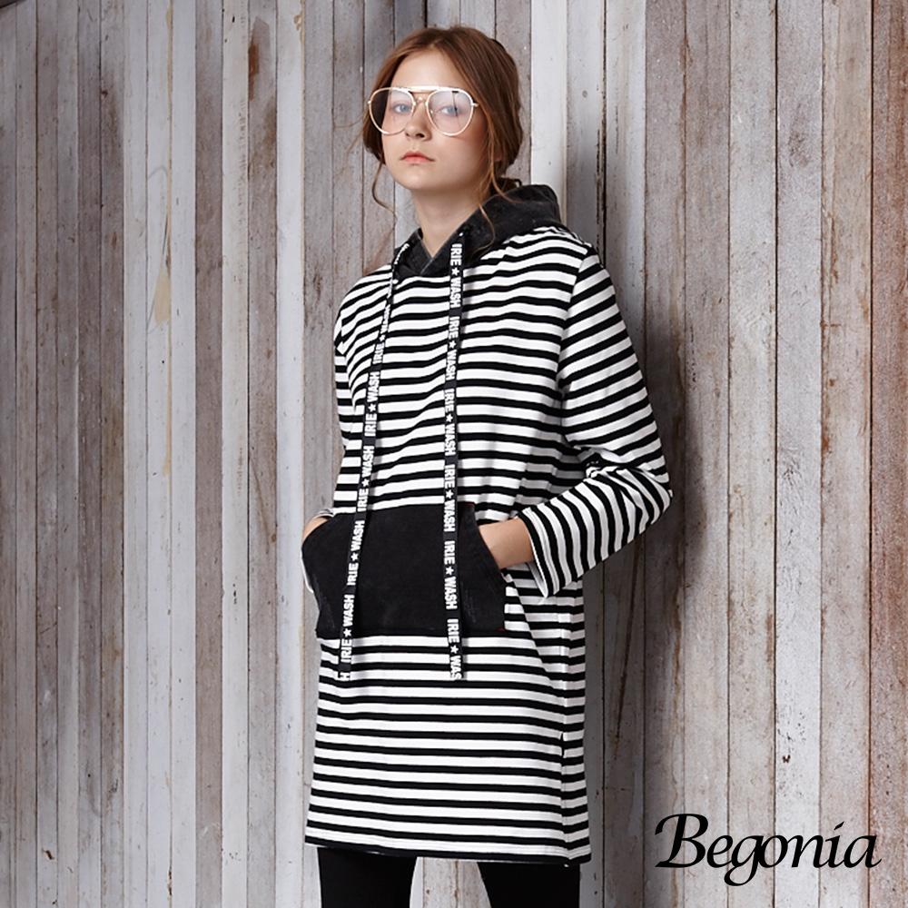 【Begonia】字母抽繩條紋連帽長版上衣(黑色)