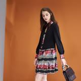 ICHE衣哲 時尚印花襯衫式拼接長袖造型洋裝-紅