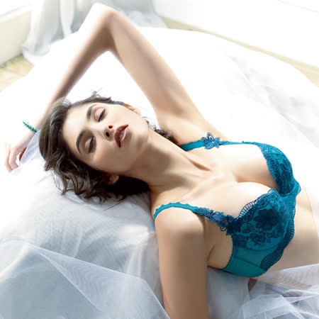 【LADY】扶桑花羽系列 B-F罩內衣(深靛藍)