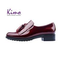 【Kimo 德國手工氣墊鞋】漆皮流蘇流線簡約設計牛津低跟休閒鞋(暗酒紅D5117WF012037)
