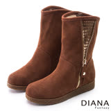 DIANA 冬季必備--裝飾拉鍊亮鑽貼片真皮雪靴-棕