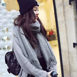 【PS Mall】純色仿羊絨流蘇保暖加厚圍巾 (G2298)