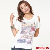 BOBSON女款印圖裸肩上衣(26092-81)