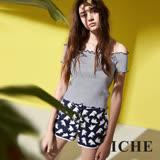 ICHE 衣哲 時尚滾邊滿版印花造型鉛筆短褲-藍