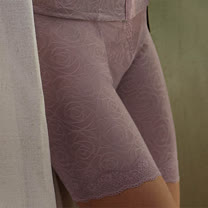 【曼黛瑪璉】P32015 魔幻美型  重機能俏臀褲(魔幻紫)