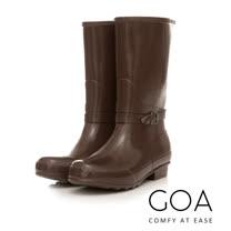 GOA 飾釦造型亮面兩穿長筒雨靴-深咖啡色