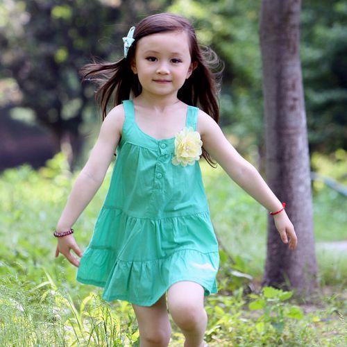 夏日《胸花吊帶款-綠色》甜美氣質小洋裝【現貨+預購】