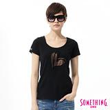 SOMETHING 優雅愛心印花短袖T恤-女-黑色