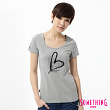 SOMETHING 優雅愛心印花短袖T恤-女-麻灰色