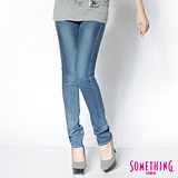 SOMETHING 三色心型袋花窄直筒褲-女-拔洗藍