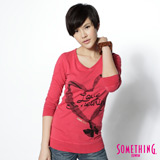 SOMETHING 愛心結印花V領薄長T恤-女-紅色 M