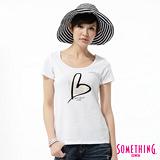 SOMETHING 優雅愛心印花短袖T恤-女-白色