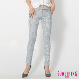 SOMETHING LADIVA蕾絲合身牛仔褲-女-重漂藍