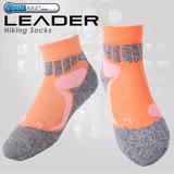 LEADER COOLMAX透氣排汗 戶外健行 中低筒機能運動襪 橘色