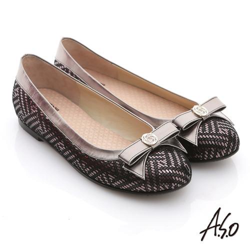 【A.S.O】奢華美型 真皮金屬圖騰結飾平底鞋(黑)