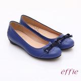 【effie】俏麗悠活 全真皮織帶蝴蝶結飾平底鞋(藍)
