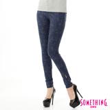 SOMETHING LADIVA花卉合身牛仔褲-女-黑藍色