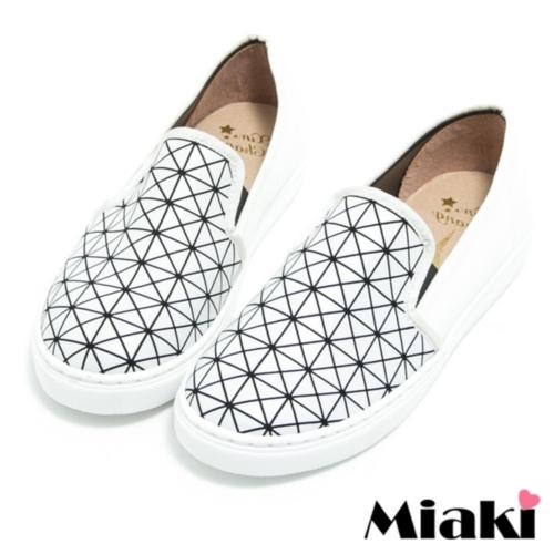 【Miaki】MIT 休閒鞋日雜暢銷平底懶人包鞋 (白色)