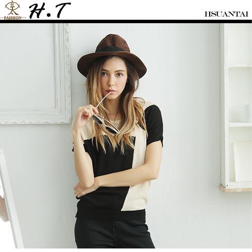 玄太-簡約格紋拼接配色連身袖針織上衣(黑)