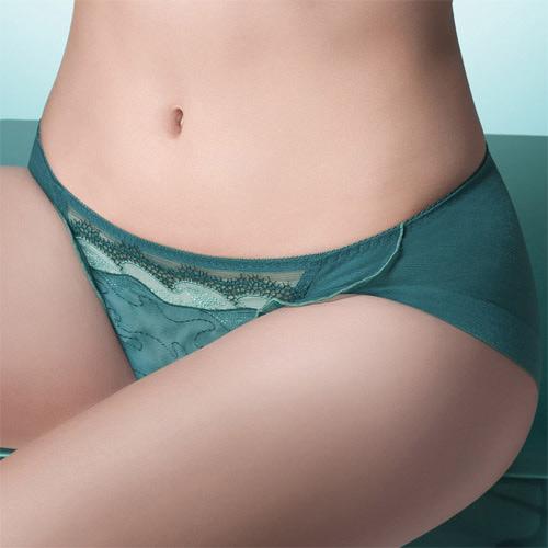 【華歌爾】伊珊露絲深V摩登時尚 M-LL 低腰三角褲(碧湖綠)