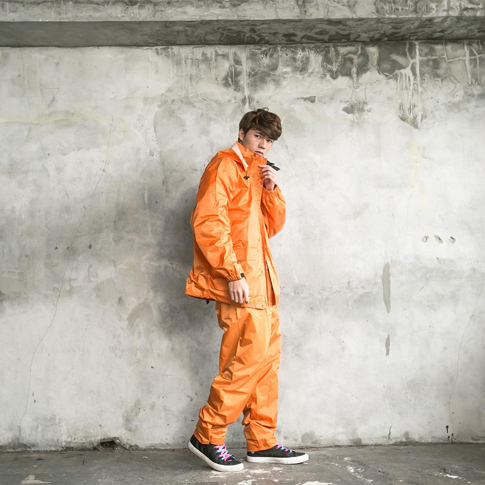 OutPerform-本格スタイル日系風雨衣(機車雨衣、兩截式雨衣) 橘色
