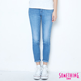 SOMETHING NEO藍白配窄直筒八分牛仔褲-女-石洗藍