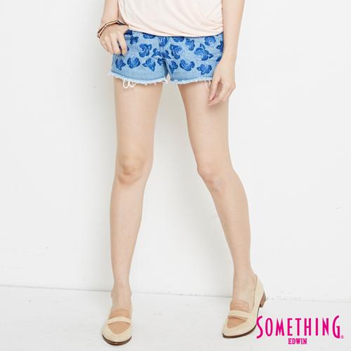 SOMETHING 玫瑰繡花牛仔短褲-女-漂淺藍