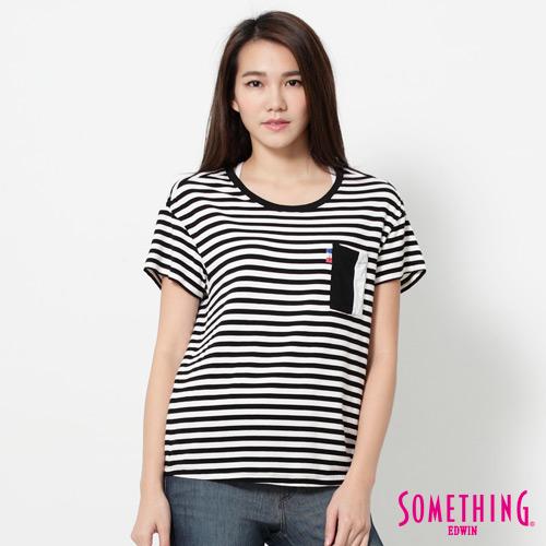 SOMETHING 平均條紋口袋短袖T恤-女-黑色