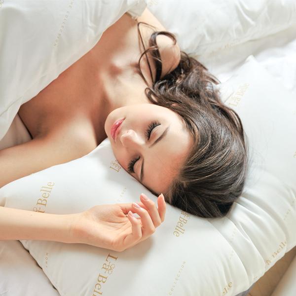義大利La Belle《經典純色》防蹣抗菌舒眠壓縮枕-四入