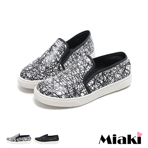 【Miaki】MIT 休閒鞋韓時尚街頭平底懶人包鞋 (白色 / 黑色)