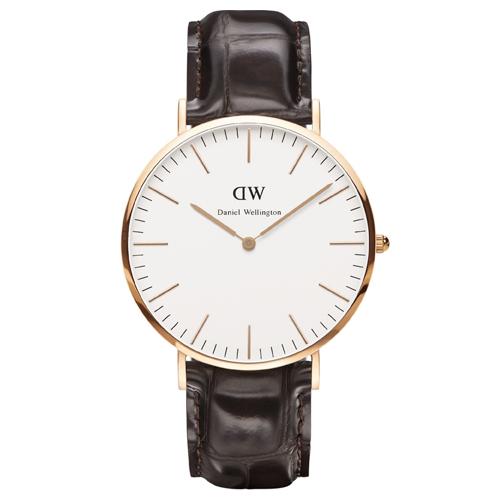 DW Daniel Wellington 咖啡色皮革壓紋錶帶-金框/40mm(0111DW)