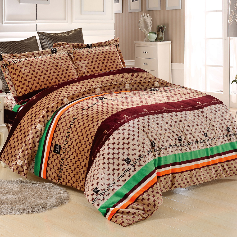 PIERRE BALMAIN-法蘭絨-時尚經典-雙人四件式 兩用被套床包組