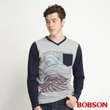 BOBSON 男款合身版印圖長袖灰色上衣(34026-83)