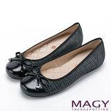 MAGY 清新氣質系女孩 蝴蝶結菱格縫線娃娃鞋-混色黑