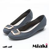 【Miaki】MIT 娃娃鞋韓都會皮質方釦低跟包鞋 (藍絨 / 黑絨)