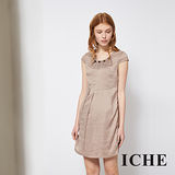 ICHE 衣哲 氣質優雅打摺釘飾造型洋裝