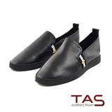 TAS 刺繡側邊拼色平底休閒鞋-街頭黑