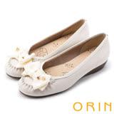 ORIN 甜美舒適 立體織帶蝴蝶結牛皮娃娃鞋-米白