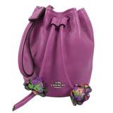 COACH 馬車LOGO皮革花朵束口MINI水桶手挽包.紫 F56581